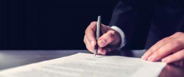 法人携帯の契約には本人確認書類が必要