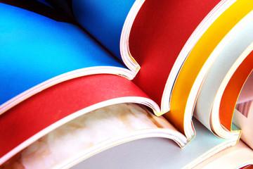 コピー機(複合機)の冊子印刷機能で製本が快適に!