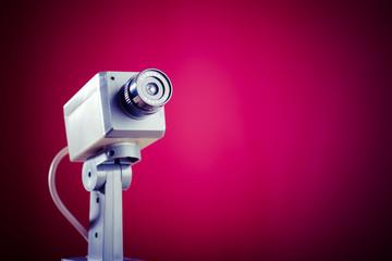 防犯カメラの写真│防犯カメラの設置費用の相場は?