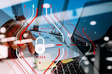 セキュリティの面など、無線LANのデメリットをご紹介します。
