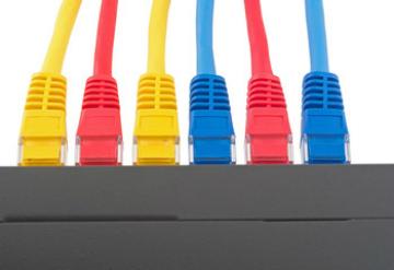 LANとはなにか、有線と無線の違いなどをご説明します。