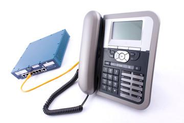ビジネスフォンのパッケージ(ユニット)とは?仕組みや種類を簡単解説